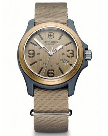 Ανδρικό Ρολόι Victorinox Original με Μπεζ Υφασμάτινο Λουράκι 241516