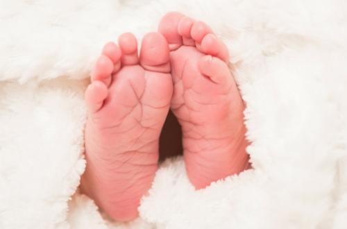 Καλωσορίζοντας το νεογέννητο: Τι συμβολίζει κάθε δώρο που θα επιλέξετε