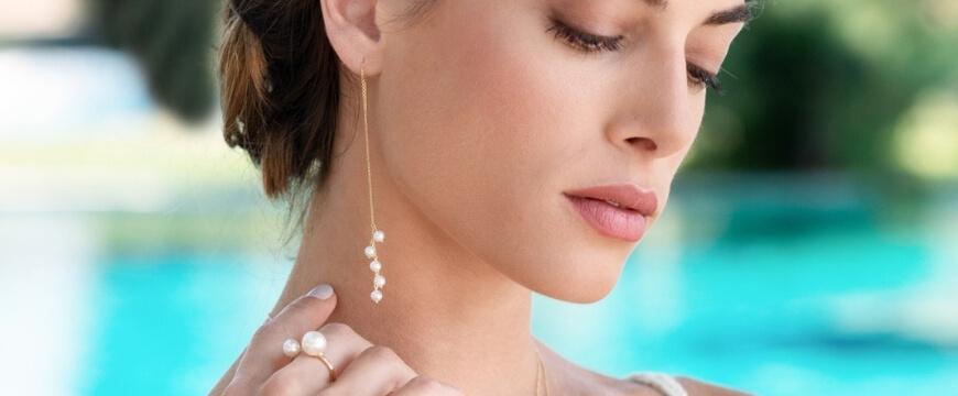 Τα ιδανικά νυφικά κοσμήματα για έναν καλοκαιρινό γάμο
